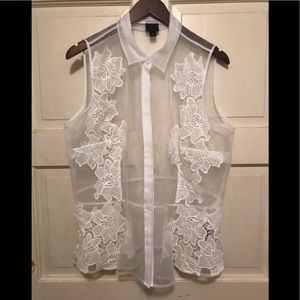 White sheer peplum tip with flower embroidery XL